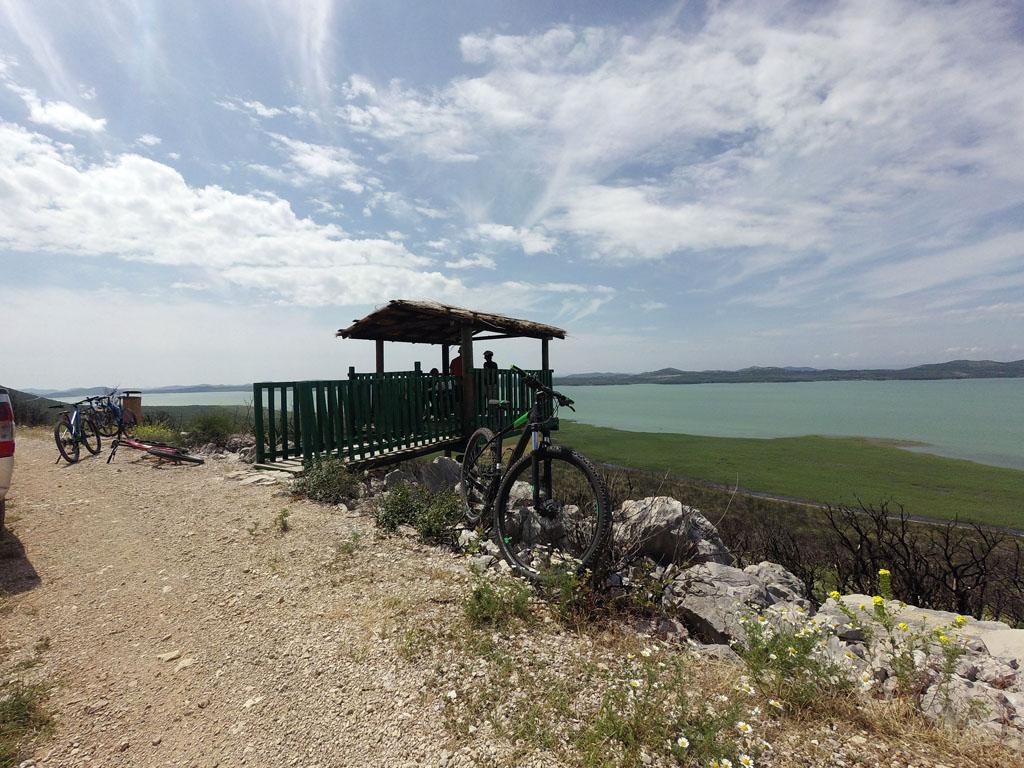 Bike tour - Lake Vrana