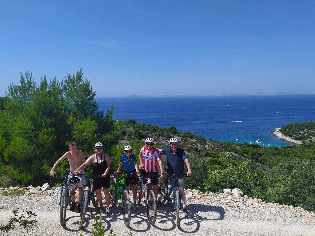 Bike tour - Island Murter